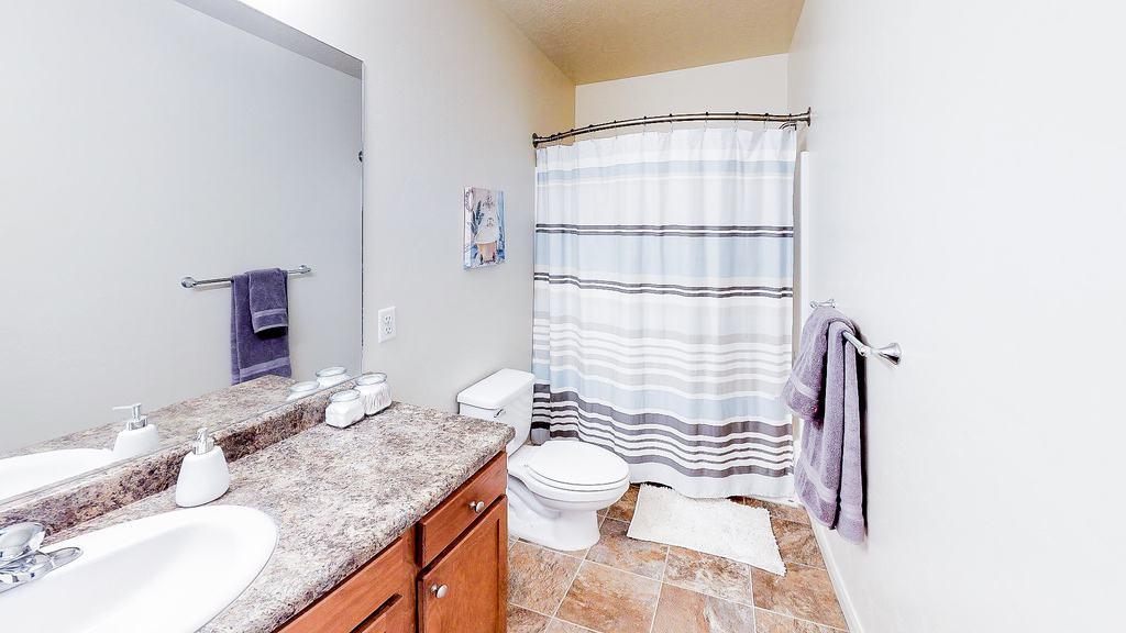 The Gates At Rexburg 3x3 Bathroom1